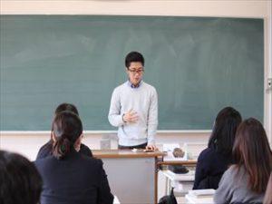 【進学コース 卒業生講演会を実施しました】