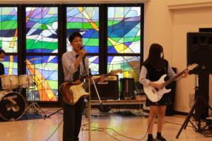 《軽音楽部》校内ミニライブを開催しました